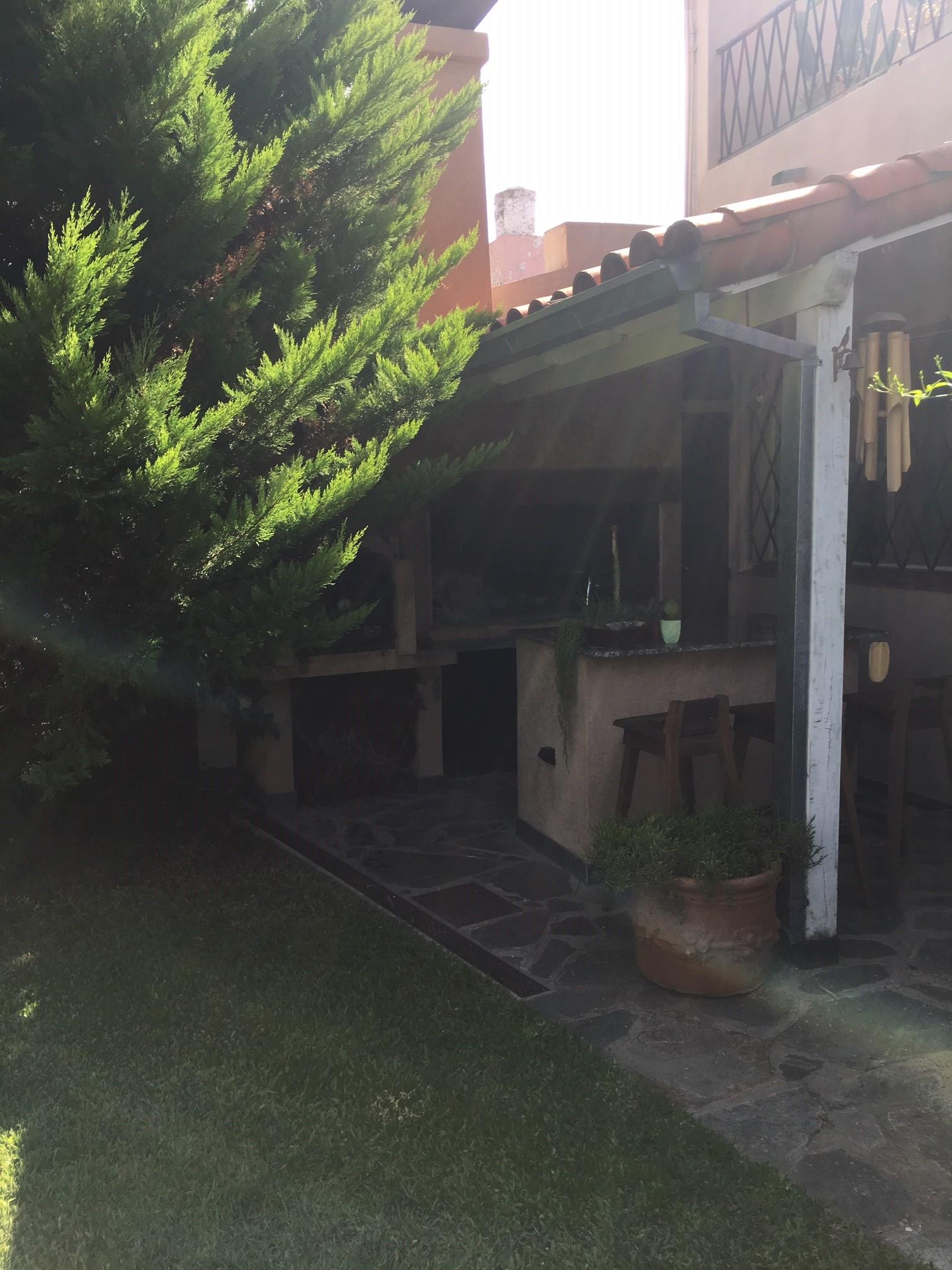 Fernan Felix de Amador 2762 – Olivos