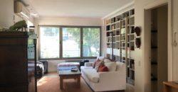 Moderna Casa en el bajo de Vicente Lopez