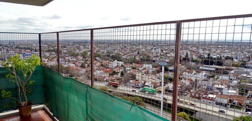 LINDISIMO DEPARTAMENTO DE 3 AMBIENTES CON VISTA ABIERTA CIUDAD Y RIO PISO 17