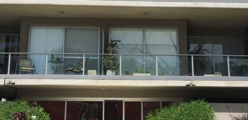 Excelente departamento en Edificio Palmas Plaza. 2 ambientes