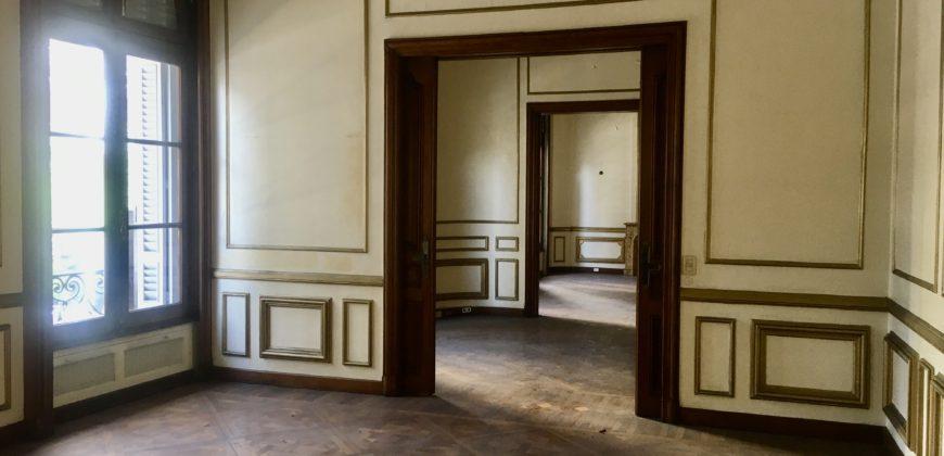 PISO ESTILO FRANCES DE GRAN CATEGORIA UBICADO EN EXCELENTE ZONA,