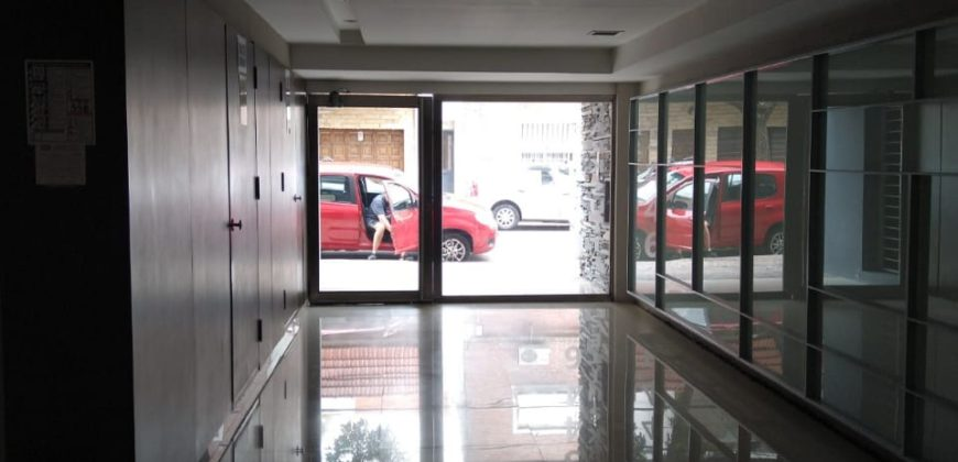 REBAJADO!!!! LINDISIMO DEPARTAMENTO DE 2 AMBIENTES CON COCHERA AL FRENTE