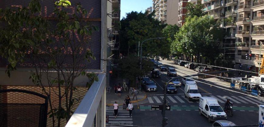 AMPLIO DEPARTAMENTO 5 AMBIENTES EN BELGRANO