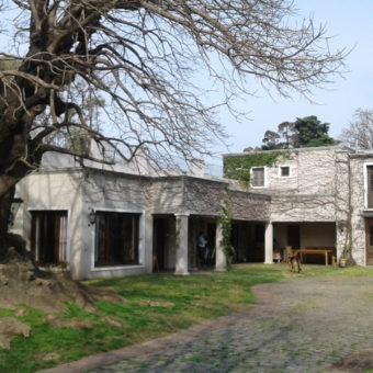 Casa estilo villa toscana toda en una planta – Lomas de San Isidro